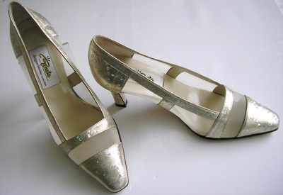 Renata designer shoes gold mother of the bride size 6.5