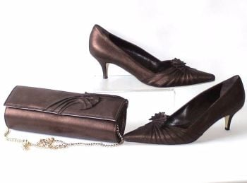 Renata shoes matching bag burnished copper brown size 7 used