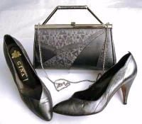 Gina pewter patterned shoes size 7 matching bag.used