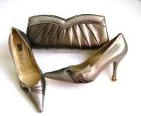 Jane Young designer shoes matching clutch bag  bronze pewter.size 4.5