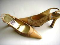 Renata court shoes dark beige with cream gold textile upper.size 3