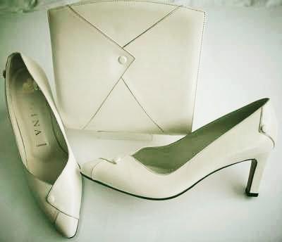 Gina designer shoes matching bag cream size 4.vintage unworn