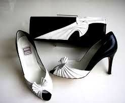 Renata shoes matching bag black with white size 7 used.