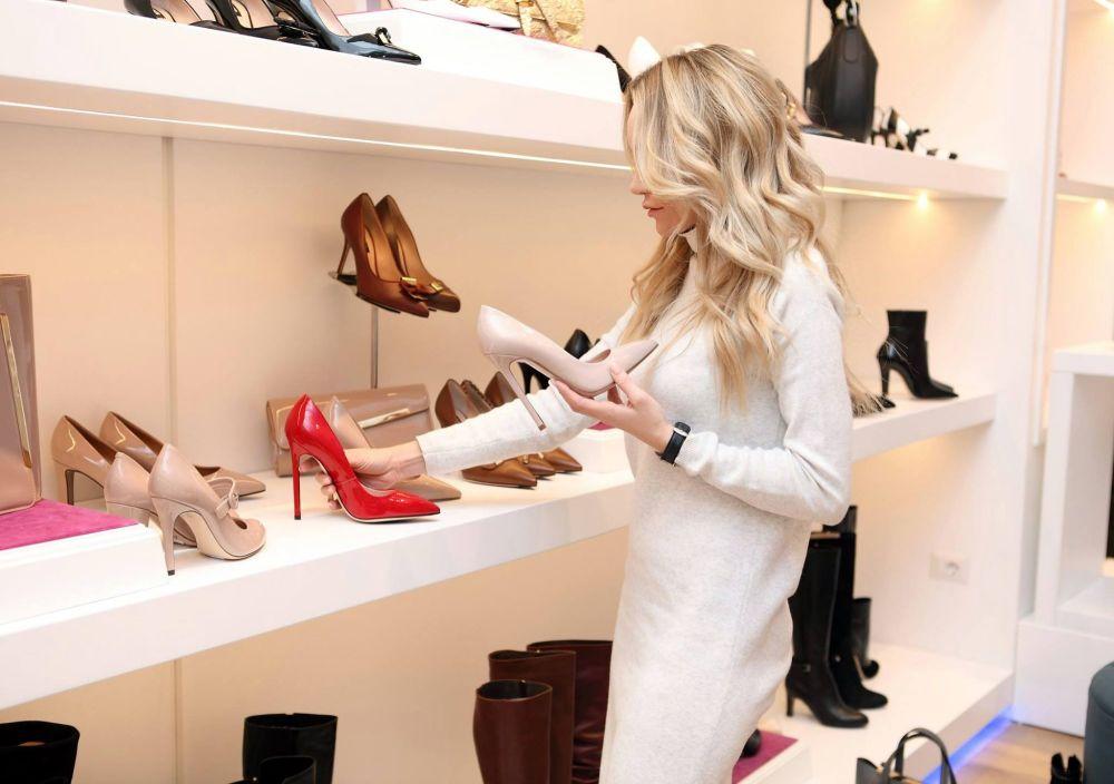 shoes bag shopping