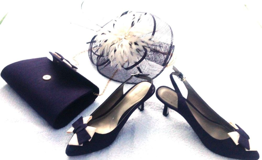 Jacques Vert plum with ivory slingback shoes bag and fascinator size 5