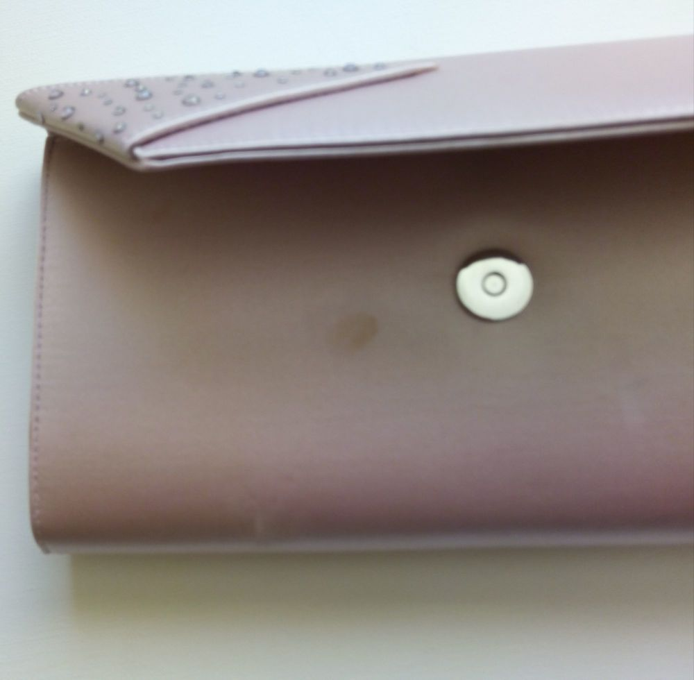 pale pink mark underflap