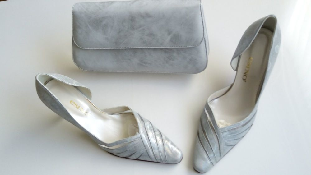 Esino Italian designer shoes matching bag in blue silver mist size 6
