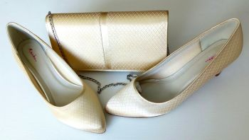 Rainbow Club  deep ivory mother bride  shoes matching clutch bag size 6.5