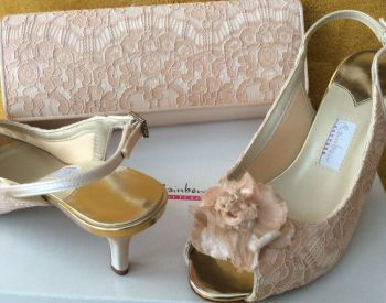 Rainbow Couture shoes matching bag palest peach  pink lace overlay Rose feature  size 5