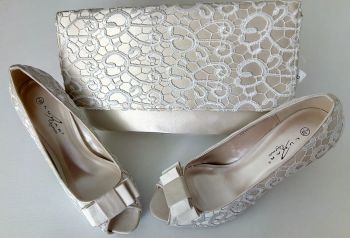 Lunar cream, lace and  beige satin occasions shoes matching bag size 7