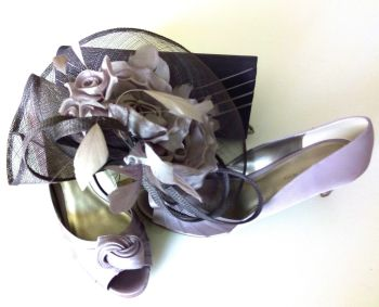 Jacques Vert occasion matching set shoes bag fascinator lilac and navy size 8