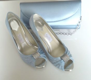 "Rainbow Club satin wedding peeptoe shoes Sky Blue ""Fabia"" crystals size 4"
