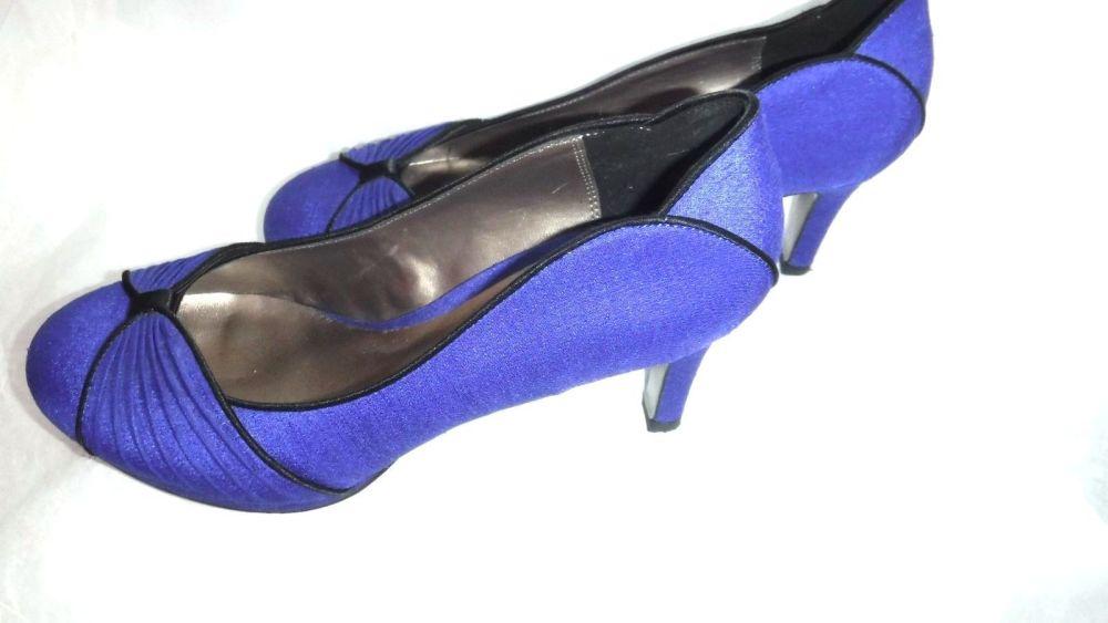 Jacques Vert shoes  in Cobalt Blue size 6 no bag