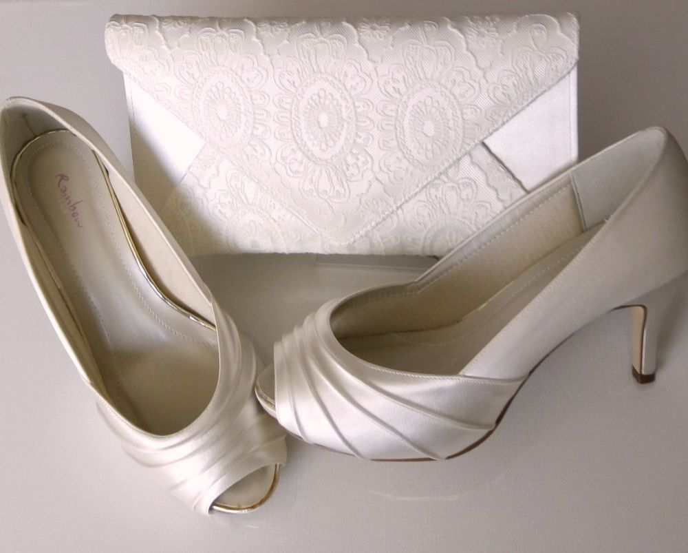 Rainbow Club satin ivory pleat peeptoe bridal shoes with bag size 5.5
