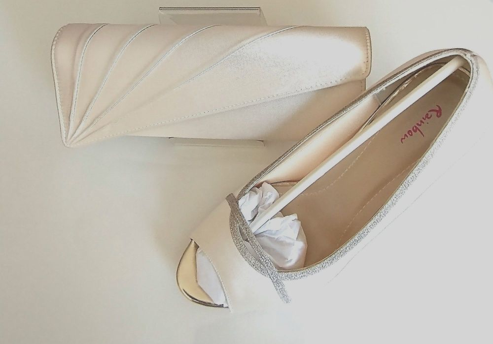 Rainbow Club occasions Ivory |Silver shimmer shoes matching bag Size 6.5