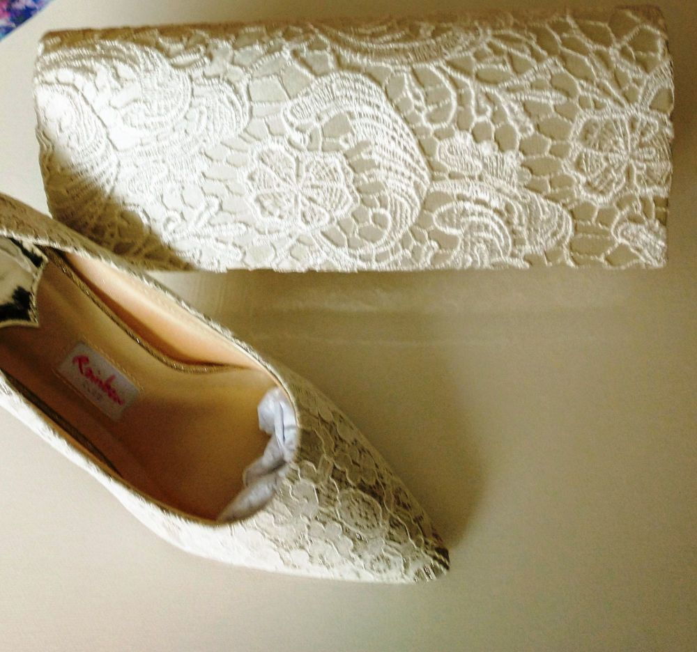 Rainbow Club ivory satin  lace mother bride shoes matching bag size 7