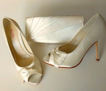 Rainbow Club occasions shoes ivory satin peeptoe high heels matching bag size 7