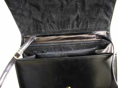 Inside Gina navy and black clutch shoulder bag 003