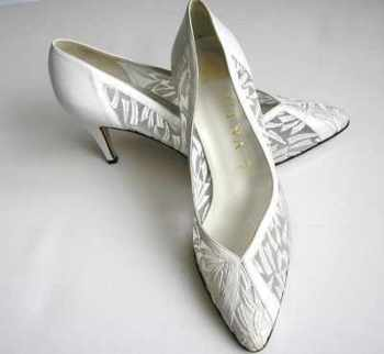 Gina London designer shoes bridal wedding white lace size 6