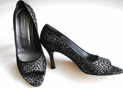 Designer shoes Sabrina Chic peeptoe black/graphite size 4