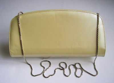 Designer clutch/shoulder bag Magrit pale primrose leather