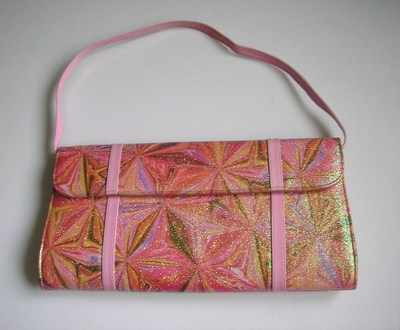 Gina pinks glitter bag