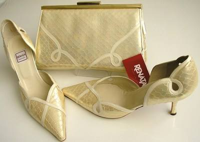 Renata cream pearl shoes matching bag size 5 003