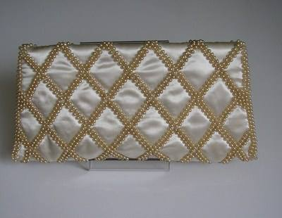 seed pearls encrusted clutch 003
