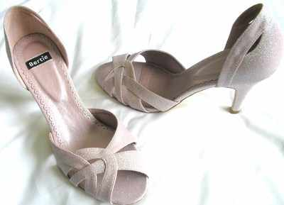 Bertie shoes pink sparkly evening heels size 5 new