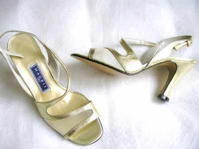 Designer shoes. Magrit.Gold evening, wedding heels.size 3.