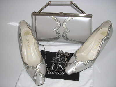 Gina matching shoes bag pearlescent silver grey size 3.used