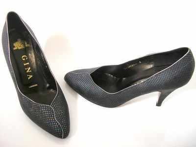 Gina  designer shoes black leather courts size 4  boxed