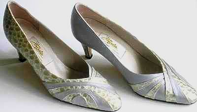 Designer shoes Renata silver grey with gold/ivory inserts size 6