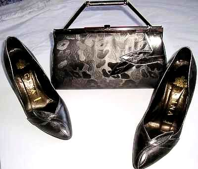 Gina designer shoes matching bag.graphite/grey size4 used