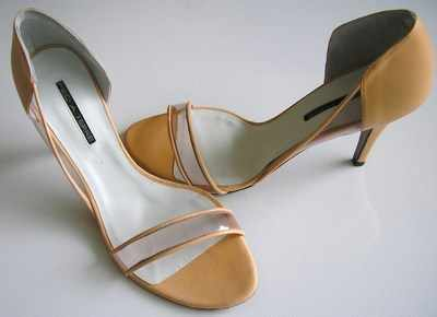 Pied A Terre designer shoes.peach leather size 6 .new