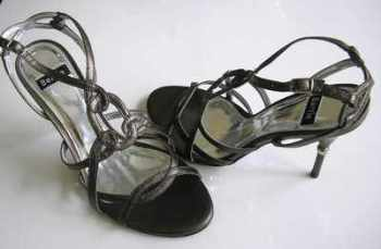 Bertie shoes pewter leather gladiator style size 5 new