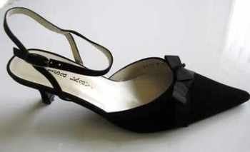 Lisa Kay designer shoes black suede slingback Size 4 .