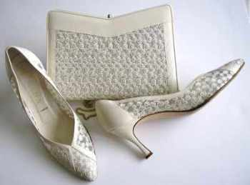Gina designer shoes matching bag.ivory mesh leather size 6.5