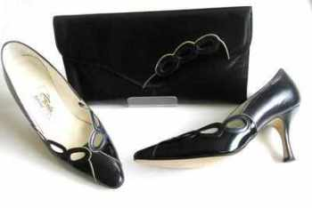Renata designer shoes matching clutch bag navy patent size 5.5
