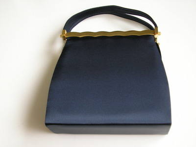 Farfalla dark navy silk carry bag 003