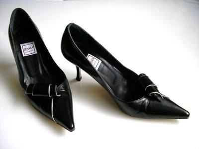 Renata shoes black scroll size4 002