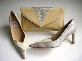 Renata  shoes matching clutch silver cream size3.5 mother bride