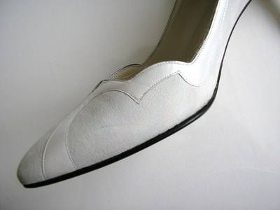 Gina white iris court shoes size 7-7.5 004