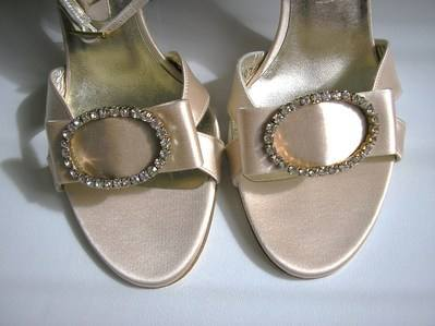 Gina silk peachy pink sandals size 6 002