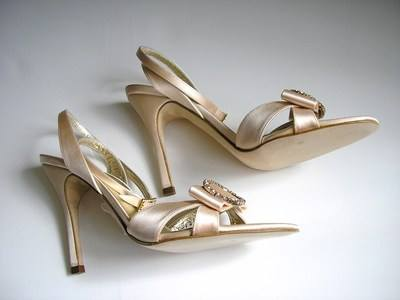 Gina silk peachy pink sandals size 6 003