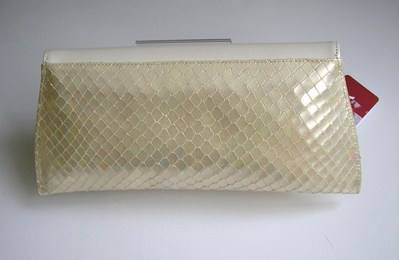 Renata ivory snakeskin matching double clutch size5.5 004