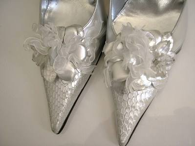 sabrina chic silver snakeskin uppers size 3.5
