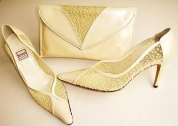 Renata designer shoes matching bag deep ivory wedding size 5