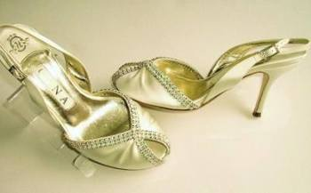 Gina London shoes cream oyster satin peep-toe size 4 mother bride used