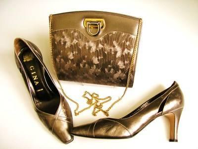 Gina designer shoes matching bag pewter size 5